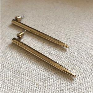 Straight gold earrings